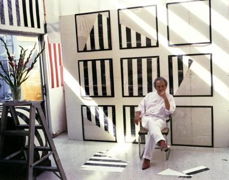 Daniel Buren (Photo © Sidney B. Felsen)