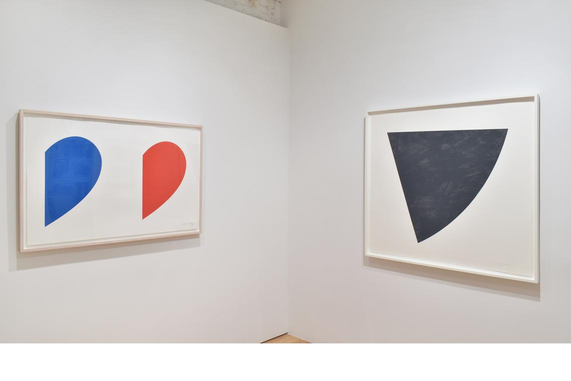 Ellsworth Kelly, Blue Curve/Red Curve, 2014; Untitled (Gray), 1988.