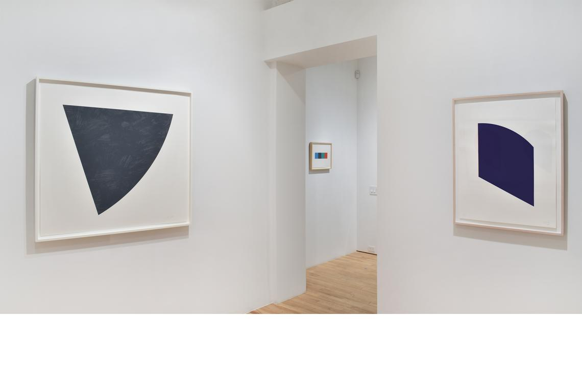 Ellsworth Kelly, Untitled (Gray), 1988; Blue Curve/Red Curve, 2014; Dark Purple, 2003.