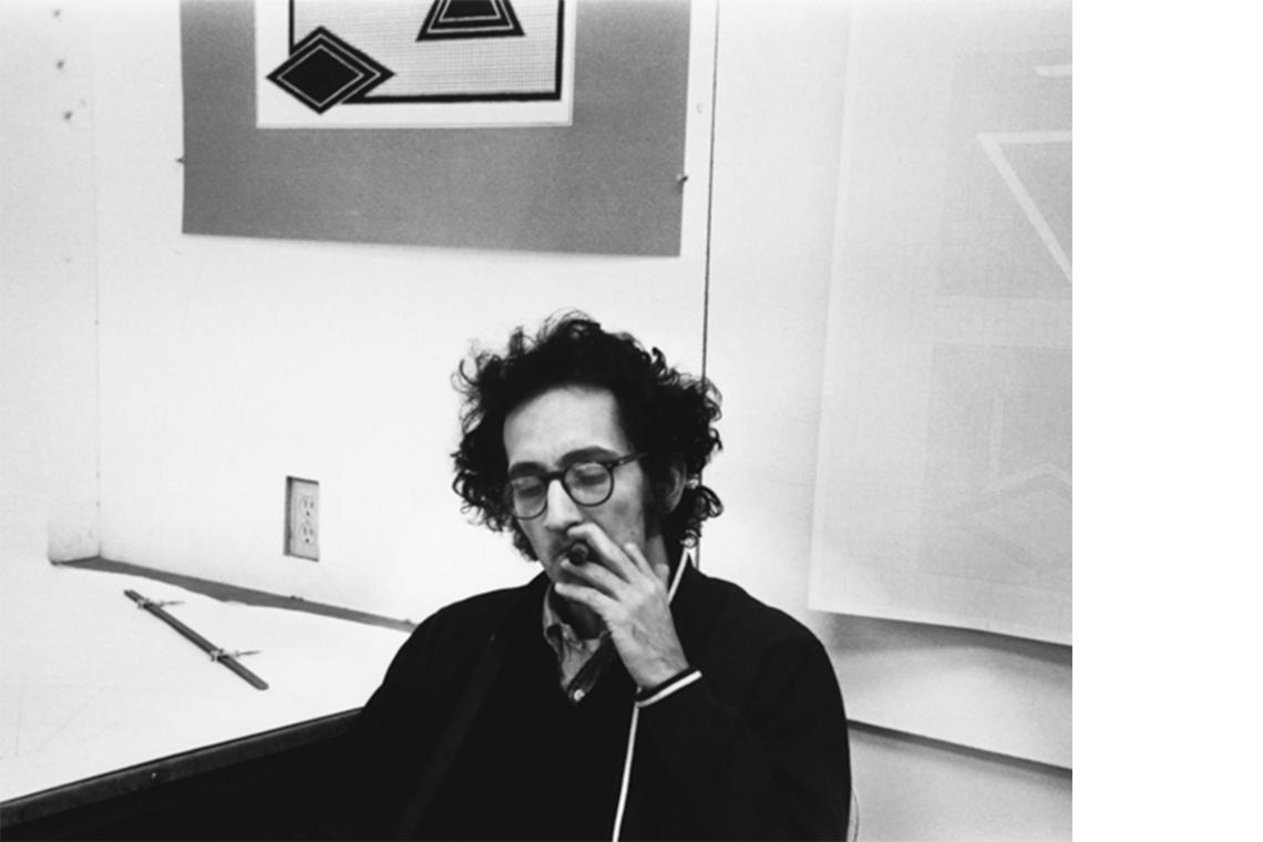 Frank Stella (Photo © Sidney B. Felsen)