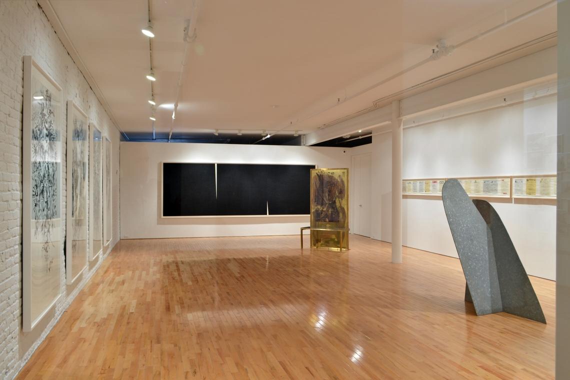 Julie Mehretu, Myriads, Only By Dark, 2014; Richard Serra, Double Rift V, 2014; Robert Rauschenberg, Borealis Shares II, 1990; Allen Ruppersberg, Great Speckled Bird, 2013; Isamu Noguchi, Mountains Forming, 1982
