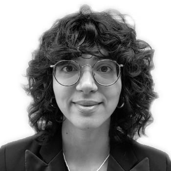 Associate Director Elizabeth Fodde